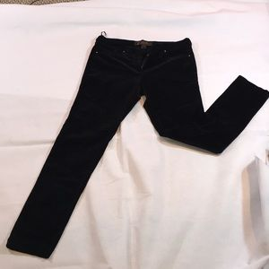 French Connection NWOT BLACK VELEVET SKINNY PANTS